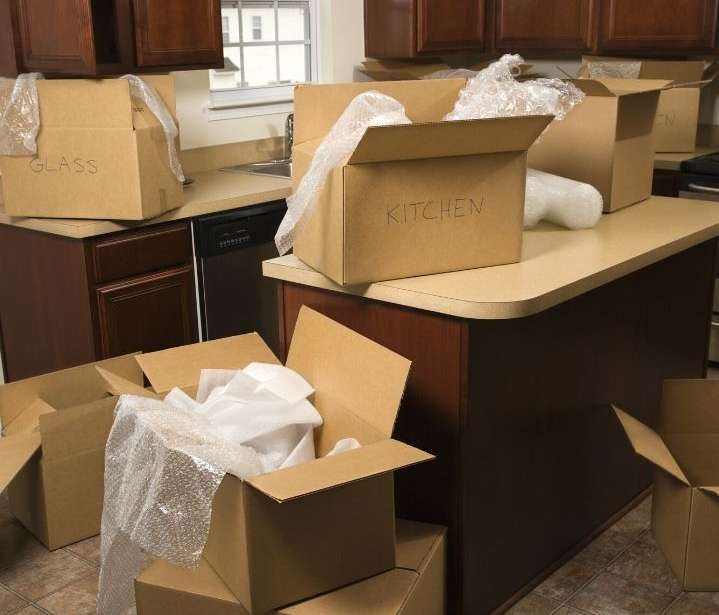 Top Tips To Follow If You Are Moving Alone