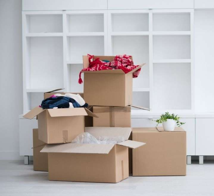 How Do Packers Movers Companies Charge For Shifting Services In Dubai?